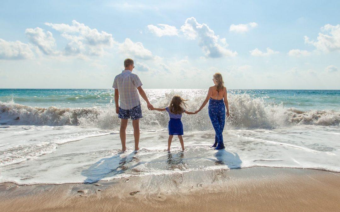 Voyager en famille : quelles formules plaisent aux grands comme aux petits ?